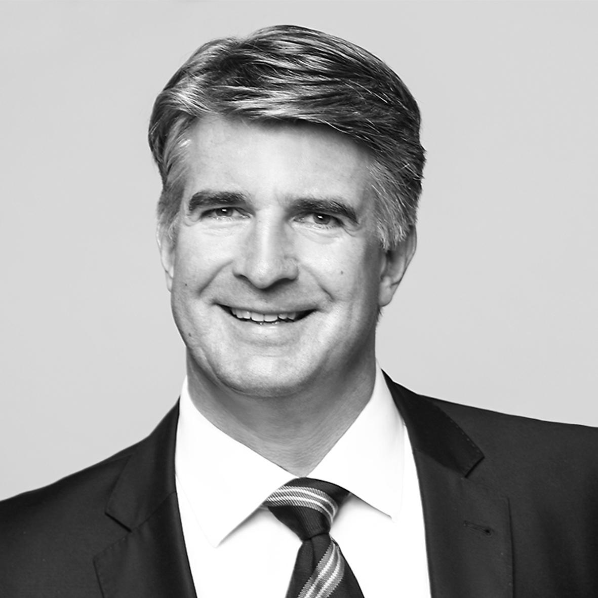 Dr. Dirk Schellack